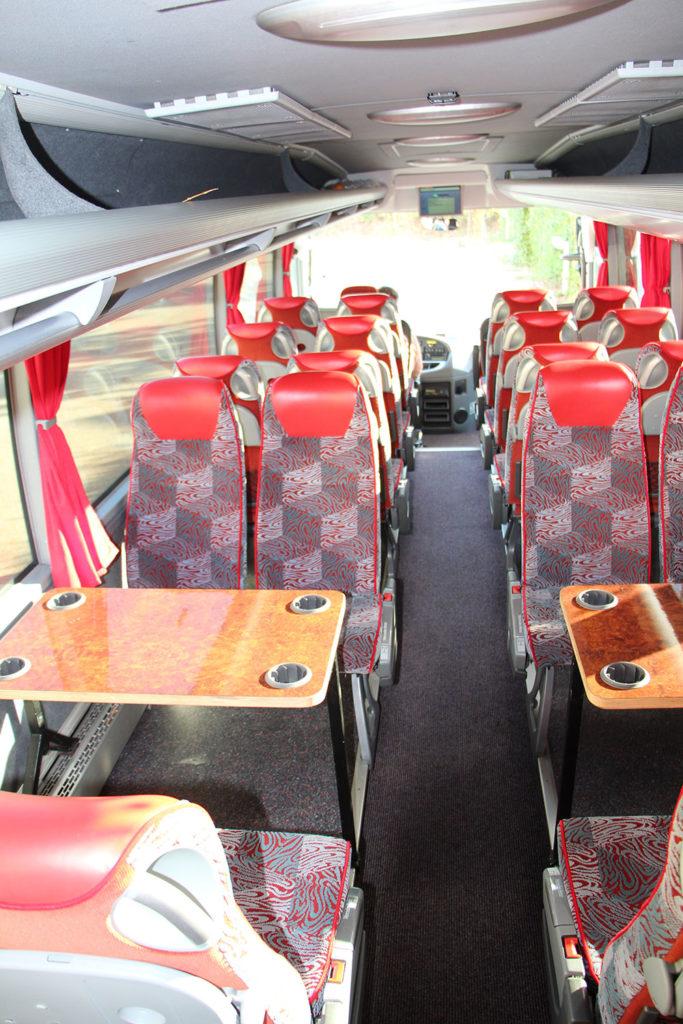 Midi Fernreisebus Innenausstattung