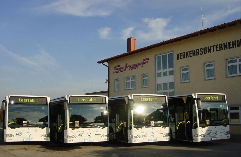 Scharf Stadtbus